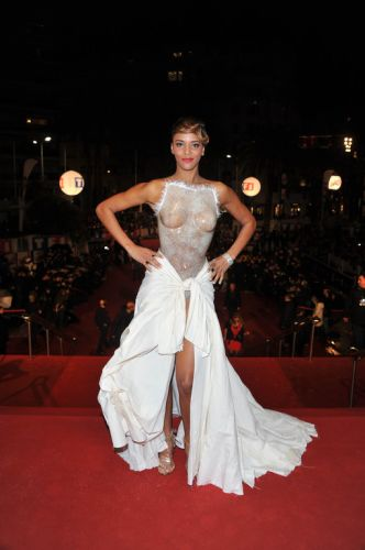 shy-m-nrj-music-awards-2012-10635490twibg_1879.jpg